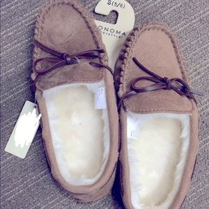 NEW Sonoma House Slippers Shoes Brown Womens NWOT